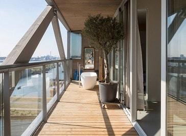 JLG Real Estate in Amsterdam