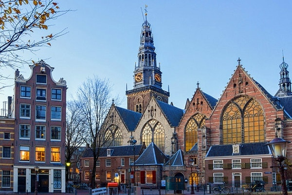 Attractions and Places to Visit in Amsterdam